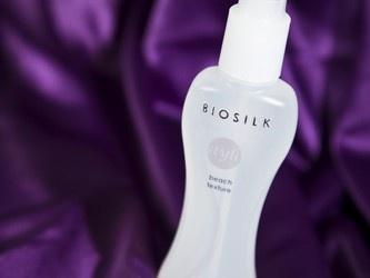 De producten van Biosilk bieden veel stylingmogelijkheden, beschermen het haar en geven een ongelooflijke glans.