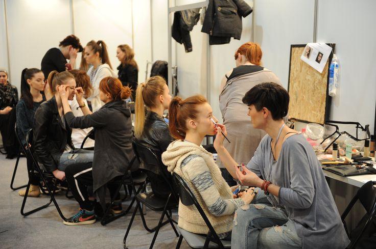 Modelove fashion show backstage