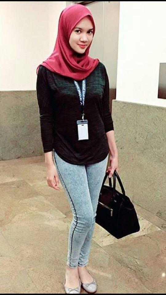 #hijab #hijaber #tudung #jilbab #jilbabindo #awek #jilbabcantik #jilbabketat #jilboob #hijaboob