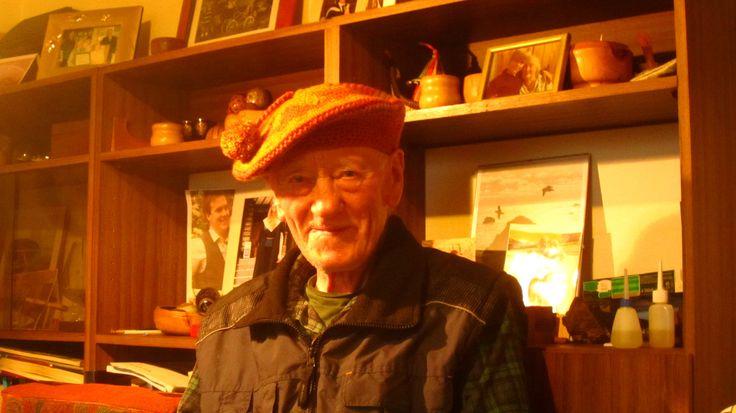 Stewart Thomson from Shirva (Fair Isle), friend and spinning teacher.
