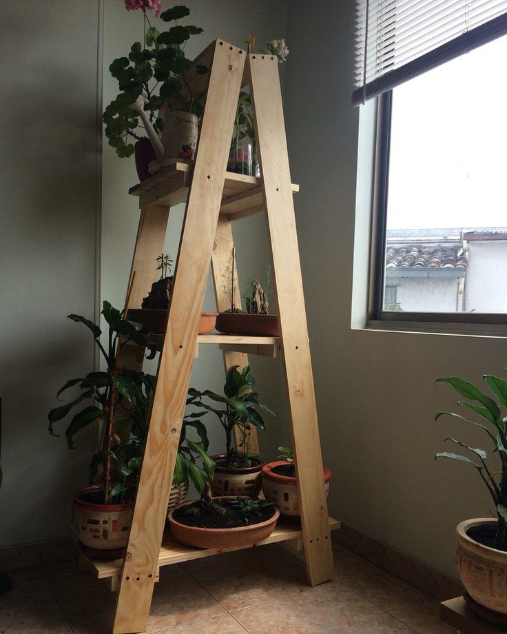 Escalera para plantas #wood #plants #stairs