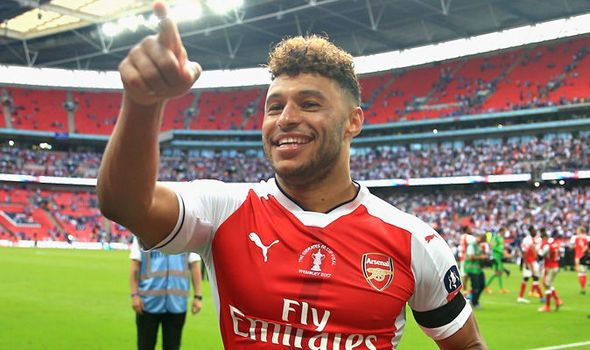 Arsenal confident of agreeing Alex Oxlade-Chamberlain deal: Liverpool and Chelsea linked   via Arsenal FC - Latest news gossip and videos http://ift.tt/2sZqwRD  Arsenal FC - Latest news gossip and videos IFTTT