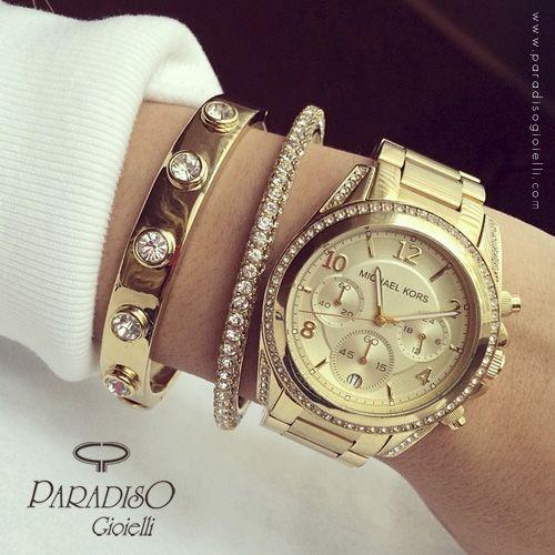 #Orologio Michael Kors, luminoso e prezioso, perfetto per ogni donna!  Lo indossereste???http://www.paradisogioielli.com/it/orologi/488-michael-kors-blair-orologio-unisex-mk5166.html #Watchs #Gioielli #Jewels #Donna #Gold #Time