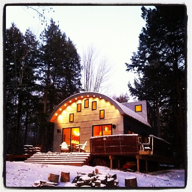 Gorgeoues Eco home in Maine! Dec 2011. Can I have it please??