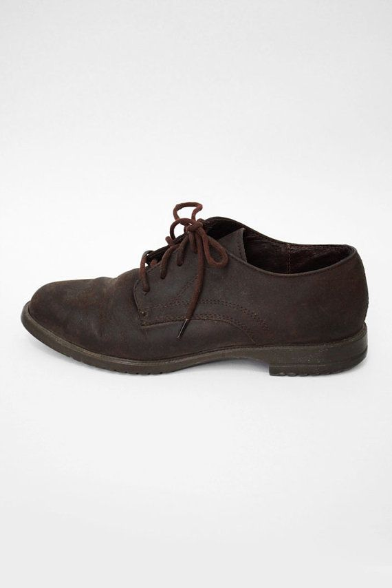 Vintage Leather 657 Womens Hipster Shoes by urbanfaun on Etsy, $25.00