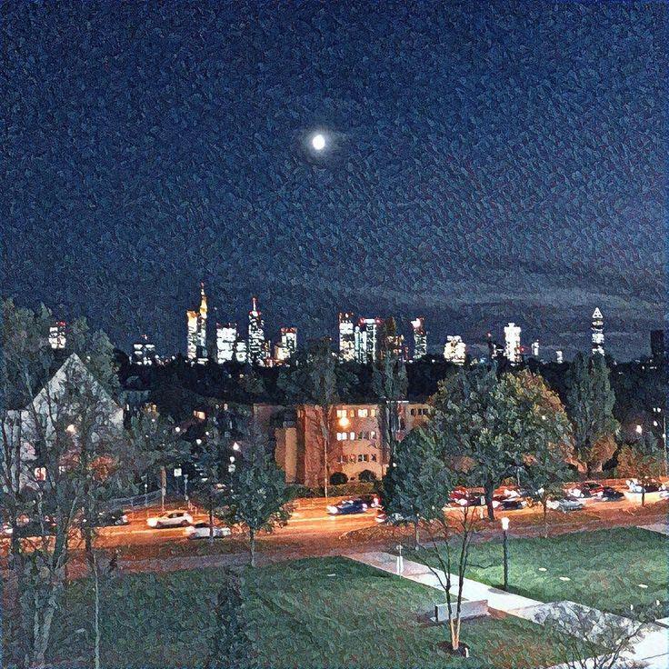 Evening view from Frankfurt School's new Campus.  #Frankfurt #FrankfurtSchool #moonlight #businesschool #university #twitter #prisma_app #FSCampus