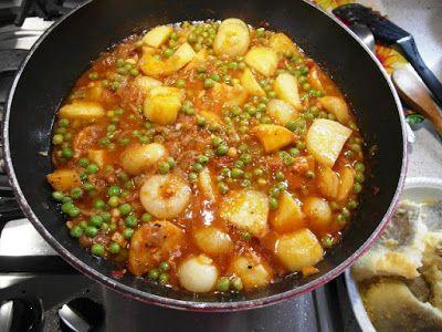 Baccalà con Patate Piselli e Cipolle