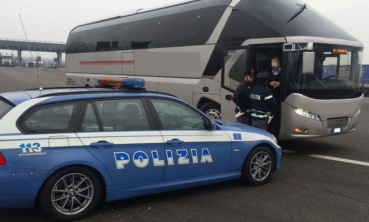 Trasporto scolastico in occasione di gite e viaggi d'istruzione: report sulle attività di controllo dalla Polizia Stradale   Report Campania