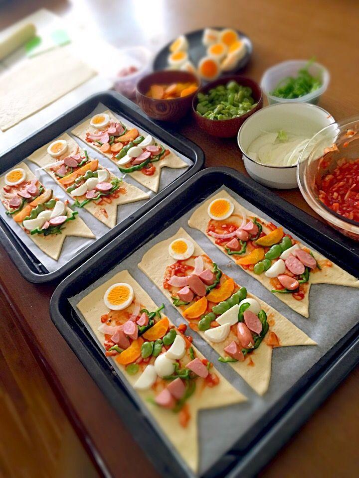 さとみん's dish photo 自家菜園の採れたて野菜で こいのぼり | http://snapdish.co #SnapDish #お昼ご飯 #ピザ #こどもの日