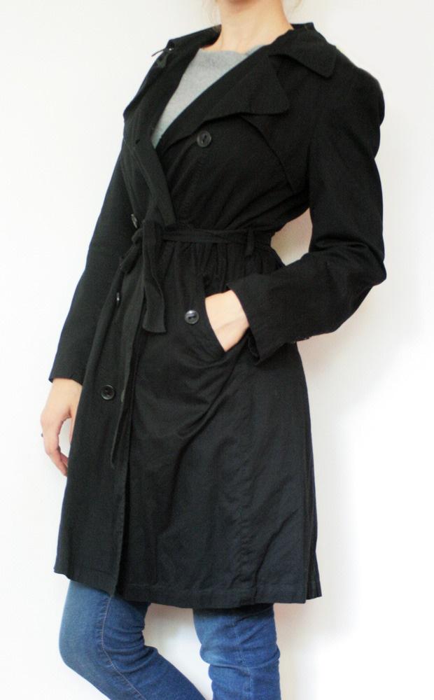 Trench coat simplu, negru, cu talia inalta marcata de cordon