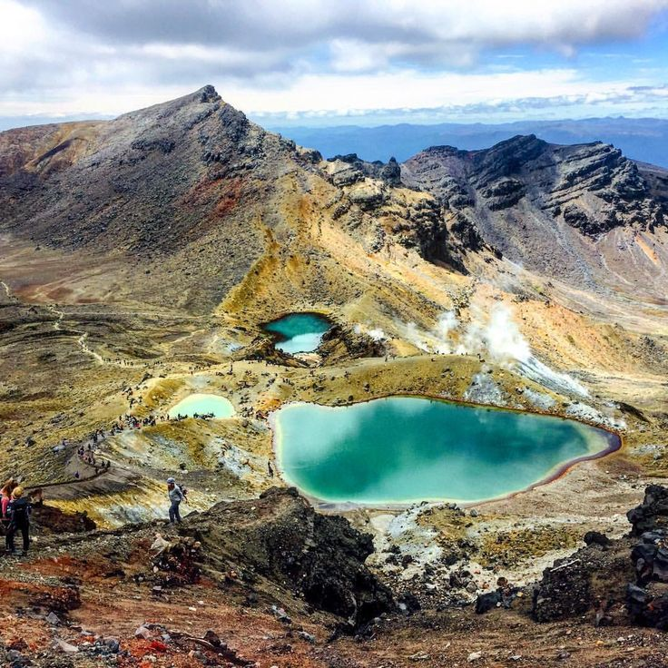 Emerald Lakes - The hike is worth it. #hike #tongariroalpinecrossing #emeraldlakes #newzealand #nzmustdo #adventures #kiwipics #kiwi_photos #nature @outdooradventurephotos @capturenz...