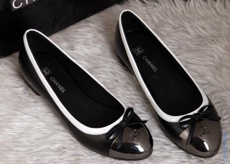 Балетки Шанель черные с белой окантовкой (маломерят на один размер)