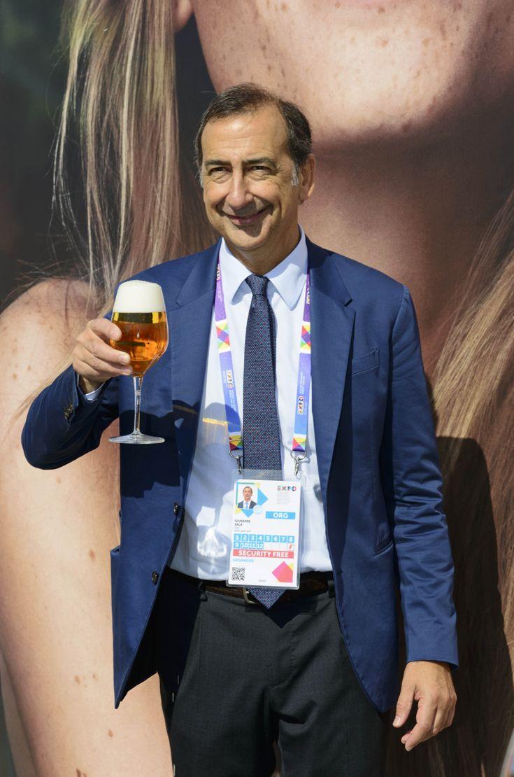 Divertimento, gusto e responsabilità alla Festa della Birra in compagnia di Giuseppe Sala, Commissario Unico Delegato del Governo per Expo Milano 2015. #birraiotadoro #assobirra #expo2015