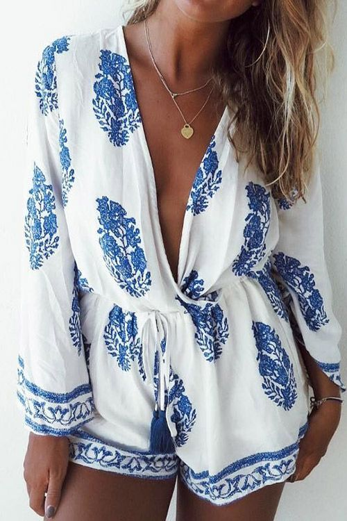 Whoa, like it. This ultra classic fit and flare is everything you need!! You can easily lighten the look of this romper with its plunging neckline and classic prints.See more amazing items at Cupshe.com !