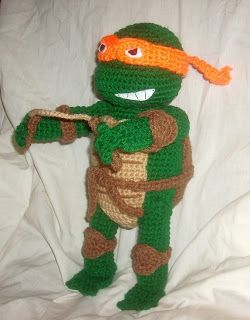 TMNT free crochet pattern.  website below  http://wolfdreamer-oth.blogspot.com/2011/03/tmnt-michaelangelo.html