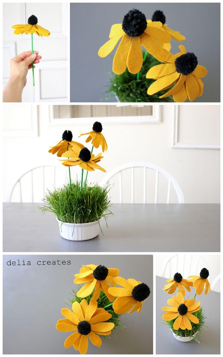 Black-Eyed Susan Pom Flowers - delia creates...free tutorial!!