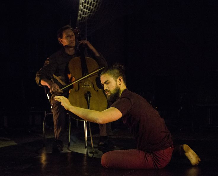 Dancer Gabriel Comerford and cellist Alex Voorhoeve in Strings Attached, Australian Dance Party, 2016. Photo: © Lorna Sim