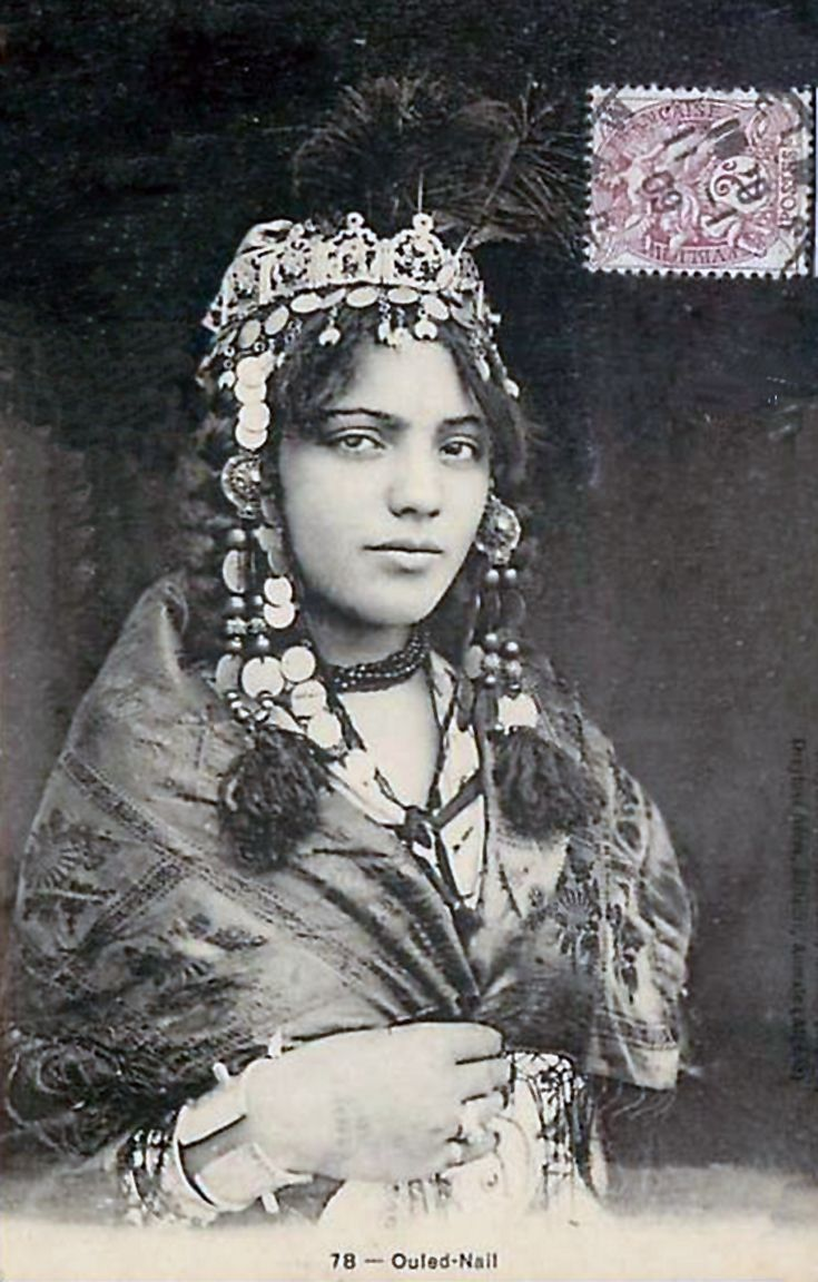 Africa | Ouled Nail woman. Post stamped 1909. Notice the spikes on her bracelet - to defend herself with