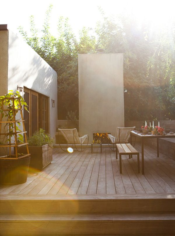 This home, on Carnation Street in Silverlake, California is another doozy of a project by desig...