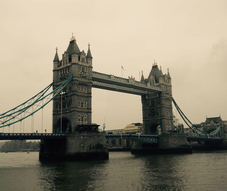 Tower bridge - London  #trainthetripperintoyou