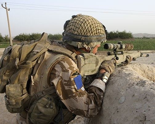 72 best britsh military paras images on pinterest british army para sniper in action in afghanistan paras sniper afgan afganistan britisharmy malvernweather Gallery