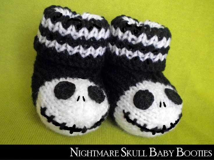2014 Accessory Patterns - Nightmare Skull Baby Booties #Halloween #Decor #Crafts