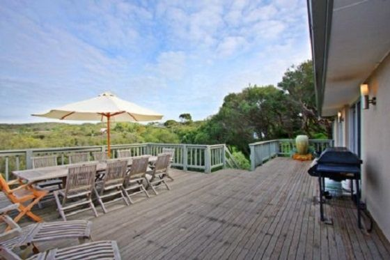 Ideal holiday destination for weekend getaways and summer vacations in Sorrento, Mornington Peninsula | Bookastay