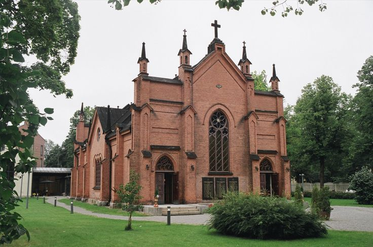 The Finlayson Church represents the Gothic Revival Architecture located in the Finlayson industrial area. It was built in 1879 as the church of the Finlayson cotton factory. The church was used as a place where the factory workers could practice religion. Currently the church belongs to the Evangelist-Lutheran congregations of Tampere, and it is used as a children's road church and a popular church for weddings.