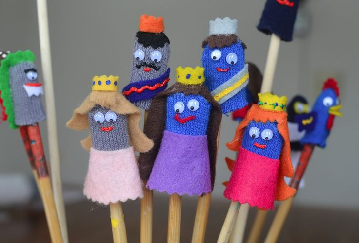 finger puppets made easy love the cookie box as puppet. Black Bedroom Furniture Sets. Home Design Ideas