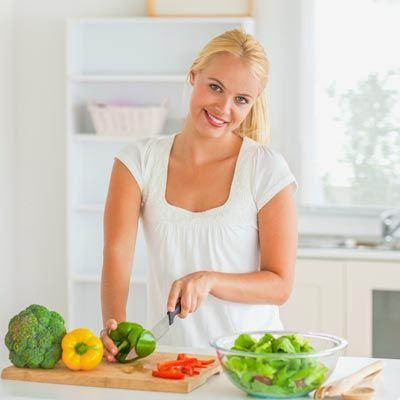 Diese entschlackenden Lebensmittel helfen bei der Entschlackung und Entgiftung. www.ihr-wellness-magazin.de