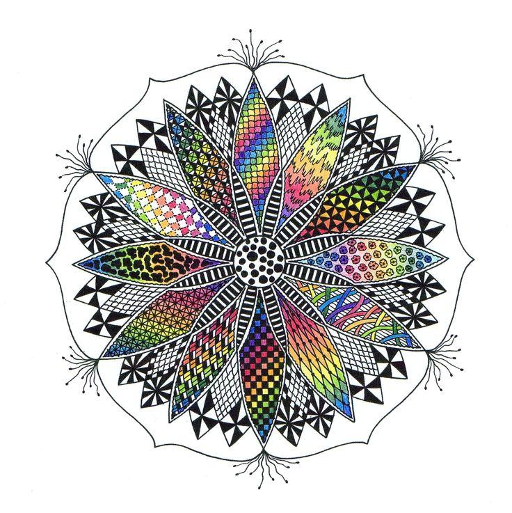 """afbeelding 'lotusbloem' uit mijn boek: """"Werkboek zendala's tekenen"""" www.uitgeverijakasha.nl"""