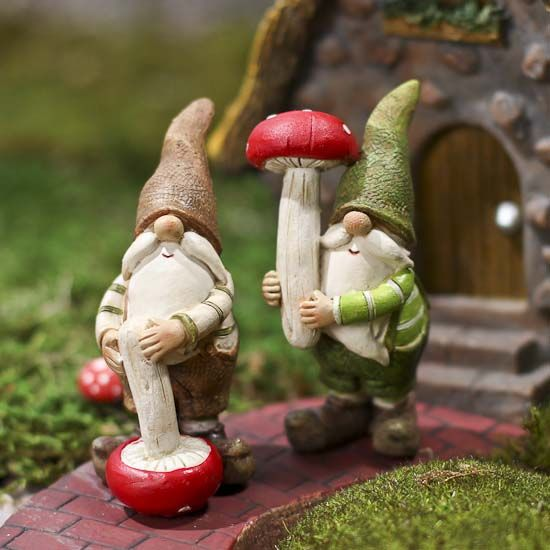 Gnome In Garden: 187 Best Gnomes Images On Pinterest