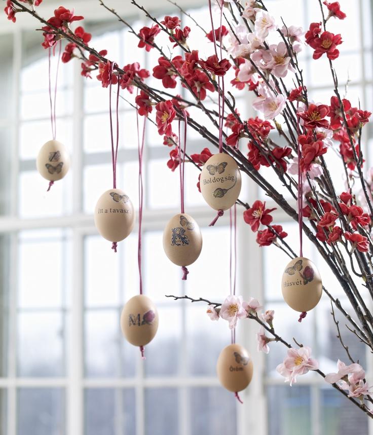 DIY Easter Egg Decoration made with letraset and napkin decoupage // Photo by Csaba Villányi, Styling by Zsófi Szigeti // Published in Éva Magazine, evamagazin.hu