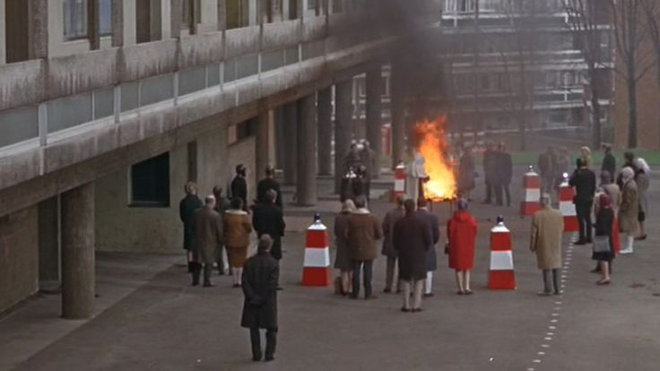 Fahrenheit 451 (1966) Modernist architecture is noted for its elimination of ornament and simplification of form. An outcome of Modernist architecture is that it produced large estates with many bu…
