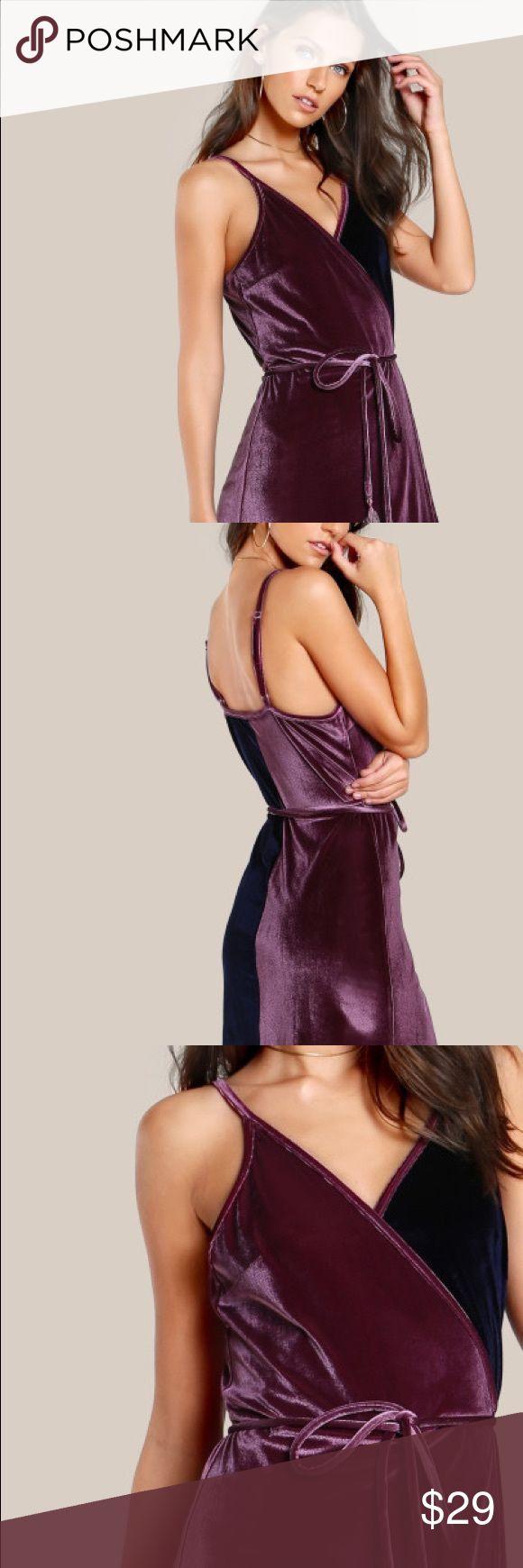 NWT! Purple and navy velvet bodycon dress NWT! Gorgeous purple and navy velvet dress. the pink reef Dresses Mini