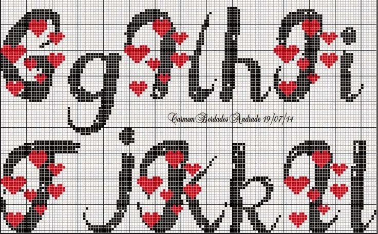 Monograma de coração para desejar a todas vocês um ótimo fim de semana.   Beijos!!!