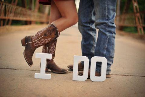 Cute picture idea for engagement photos