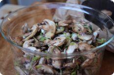 Cogumelos marinados com alho francês | Centro de Nutrição Fula