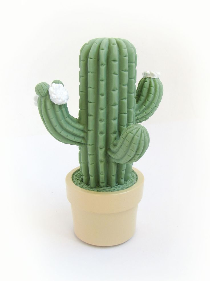 Cute and comforting, this cactus casts a reassuring glow when switched on. A portable night light that is fun for play and also a great sleep companion. Made of non-toxic materials. Battery operated (