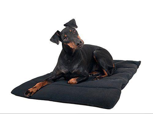 Aus der Kategorie Matten  gibt es, zum Preis von EUR 35,00  Unser Hundekissen hält Ihren Hund schön warm. Das Welltex®-Material sorgt dafür, dass die Muskulatur und Gelenke des Hundes entspannen. Das Hundekissen kann auf unterschiedliche Weise als Liegeunterlage verwendet werden: auf dem Lieblingssessel, im Hundezwinger usw.. Auch Herrchen und Frauchen können das Kissen benutzen. Der Phantasie sind keine Grenzen gesetzt!