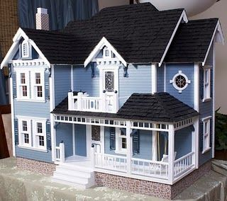Beautiful doll house -  my dream doll house...but i might paint it pink sometimes...