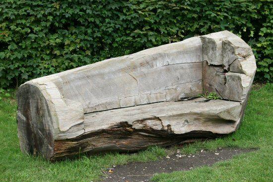 1025 best garden bench tuinbanken images on pinterest for Tree trunk garden bench