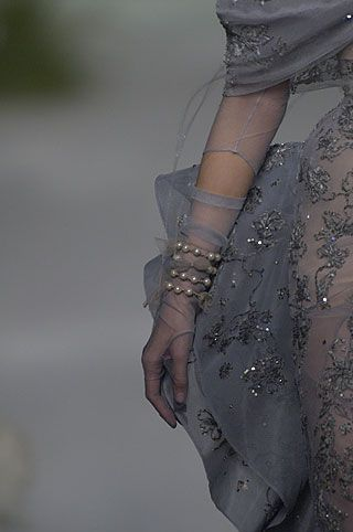 Fall 2005 Couture... Christian DiorCouture Details, Fashion Shoes, Fashion Details, Christian Dior, Fall 2005, Dior Haute, 2005 Couture, Gяєατ Gяєγѕ, Haute Couture