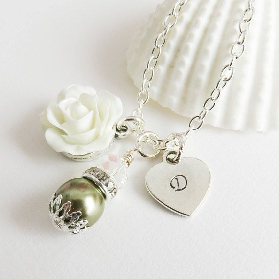 Personalized green flower girl necklace pearl. #weddings #wedding #jewelry #flowers #roses #white #personalized #flowergirl #juniorbridesmaid #handmade #handcrafted