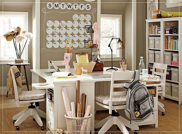 dreamy craft room: Schools Rooms, Study Spaces, Crafts Rooms, Work Spaces, Rooms Ideas, Wall Calendar, Study Rooms, Homework Stations, Pb Teen