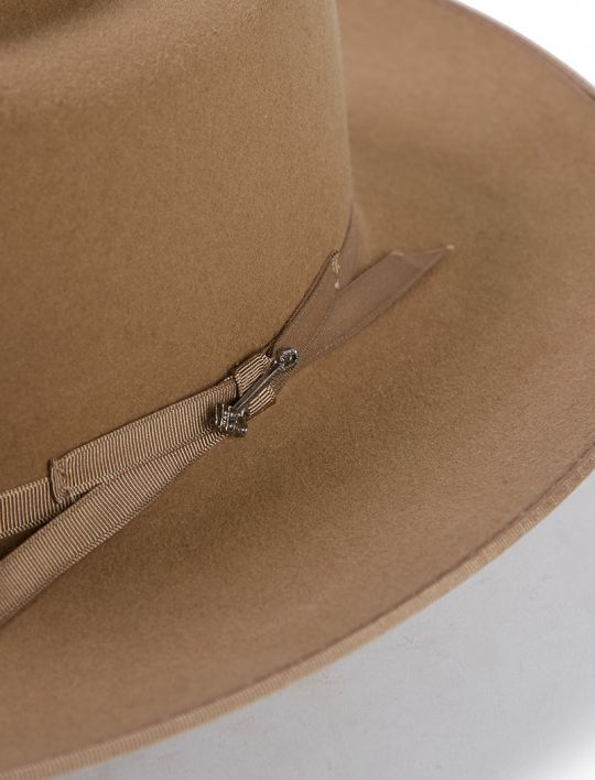 6513a16438c The Open Road 6X Cowboy Hat is constructed of 6X quality fur felt and  features a bound edge