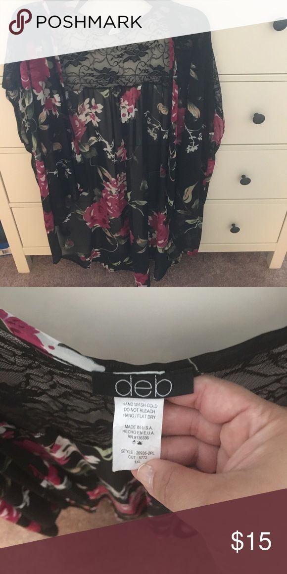 Deb shops floral kimono Black floral kimono from debshops. Has lace detailing in the back. Only worn once! Great to pair with a tank and leggings with sandals! Deb Tops Blouses