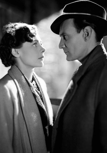 "Celia Johnson and Trevor Howard in ""Brief Encounter"" (dir. David Lean, 1945)."