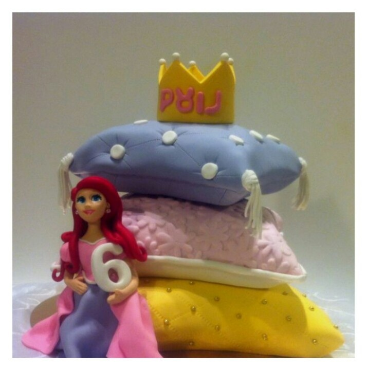 Princess Pillow Cake Images : 1000+ ideas about 19th Birthday Cakes on Pinterest ...