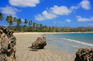 Where is Tobago: sister island of Trinidad and lying north of Venezuela in the Caribbean Sea. Welcome to our interactive map of Tobago, on which you will be able to locate the best accommodation, beaches and other useful features.    http://www.definitivecaribbean.com/where-is-tobago/tobago-map